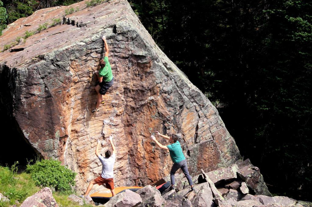 "Collin Hale bouldering ""Unbirthday"" V7"