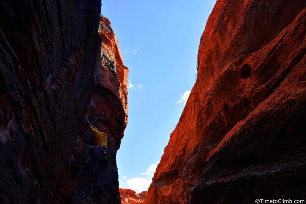 Melvin Rivera rock climbing 2x4 5.7 black cooridor Red Rocks NV