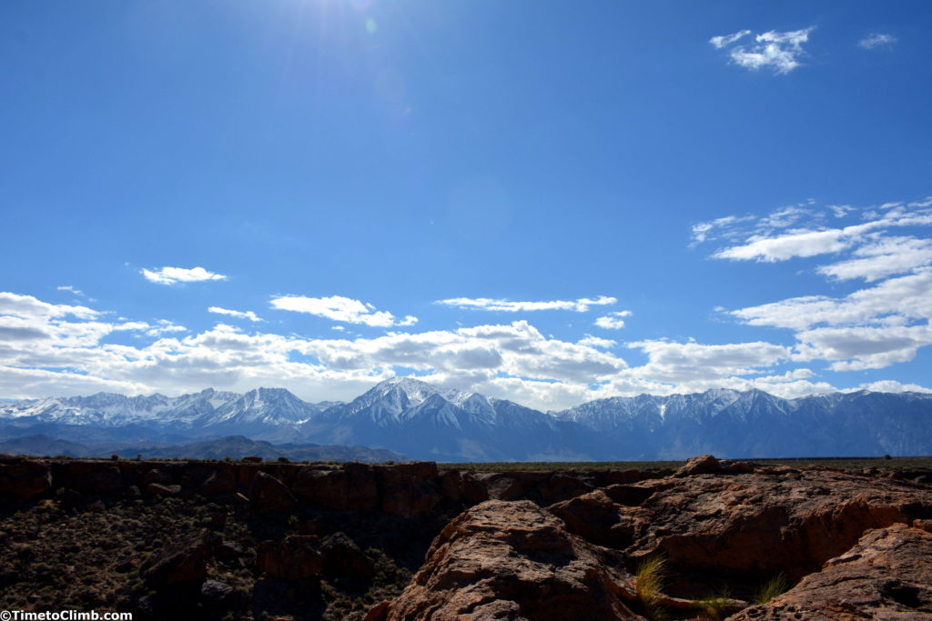 skyline of mountains from the Happy Boulders full