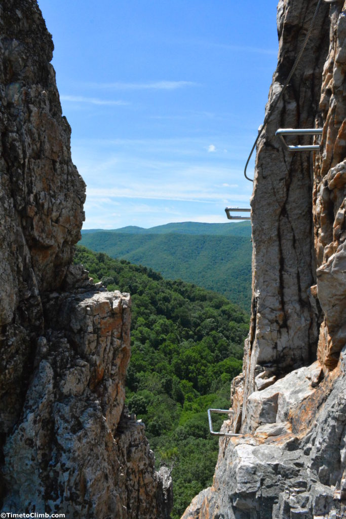view through the notch in Nelson Rocks via Feratta